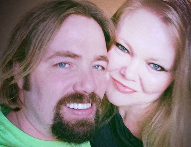Sidney and Tammy Moorer pictured together in a Facebook post.