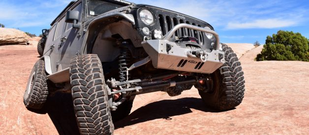 Building a Jeep Wrangler Rock Crawler for Beginners
