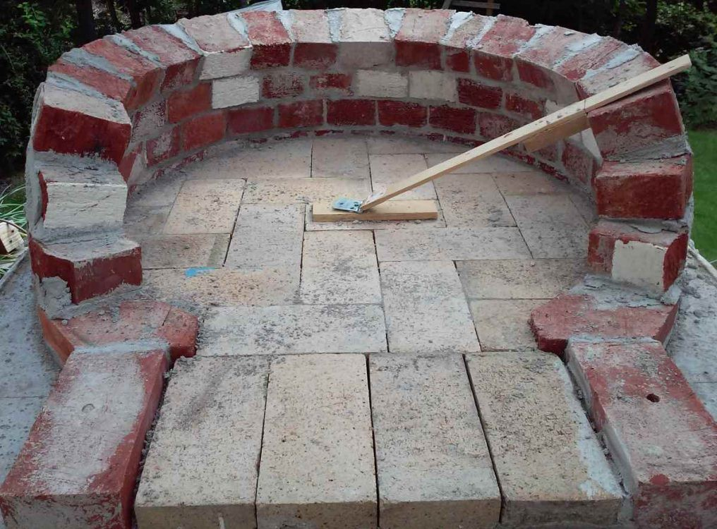 firerick base for wood fired pizza oven