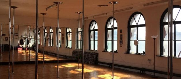 Everything you need to know before your first pole dance class