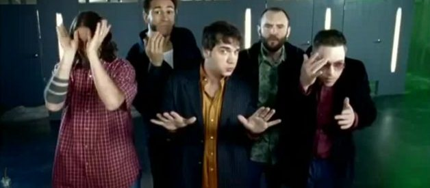 """Give Pop a Chance: The Genius of Bloodhound Gang's """"Uhn Tiss Uhn Tiss Uhn Tiss"""""""
