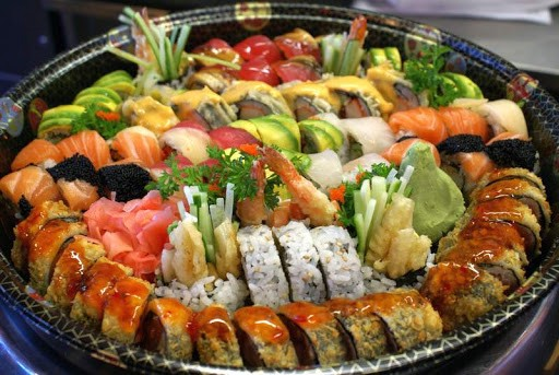How Many Pieces of Sushi Per Person for Party?