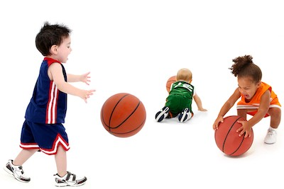 How to improve your weak-hand dribbling in basketball (1v0)