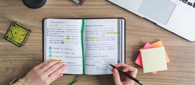 The Life-Changing Habit of Journaling (Why Einstein, Leonardo da Vinci, and Many More Great Minds Recommend it)